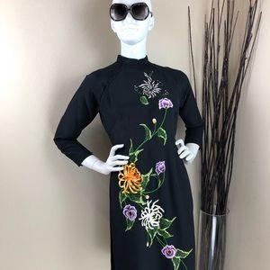 Vintage Black Floral Embroidered Cheongsam Dress